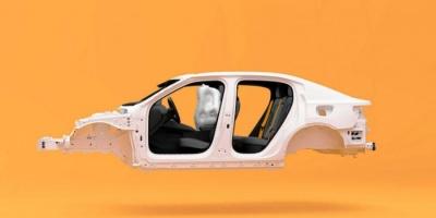 """في تحد لـ""""كورونا""""..فولفو تبدأ رسميا في تصنيع طراز """"بولستر 2"""" الكهربائي"""