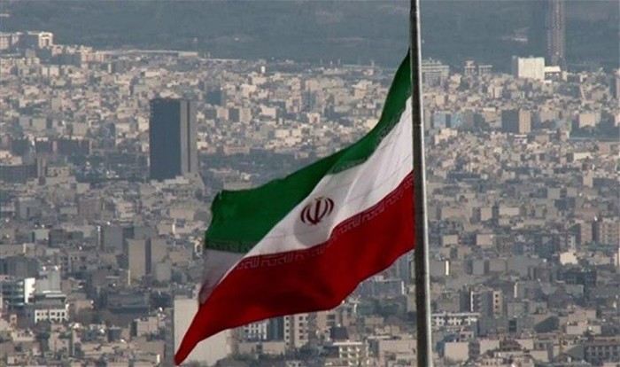 صحفي يكشف تفاصيل جريمة لإيران بحق مهاجرون أفغان