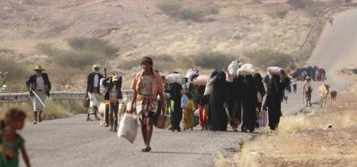 """""""النزوح القسري"""".. نظرة على جريمة الحوثي البشعة"""