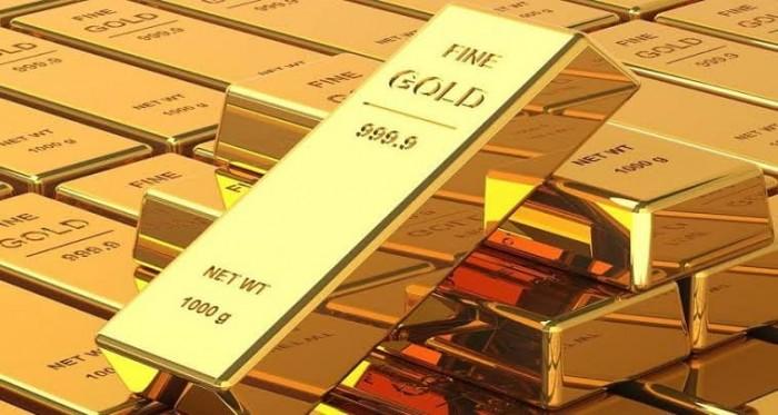 بعد بيانات اقتصادية قاتمة.. الذهب يرتفع والأوقية تسجل 1717.49 دولار