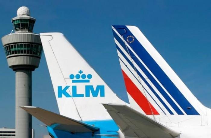 """بسبب كورونا.. مجموعة """"إير فرانس - كا أل إم"""" للطيران تتكبدَ خسائر بنحو 1.8 مليار يورو"""