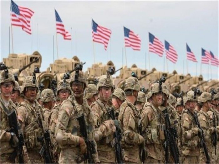 الجيش الأمريكي يحظر التدخين على ما دون الـ21 عامًا