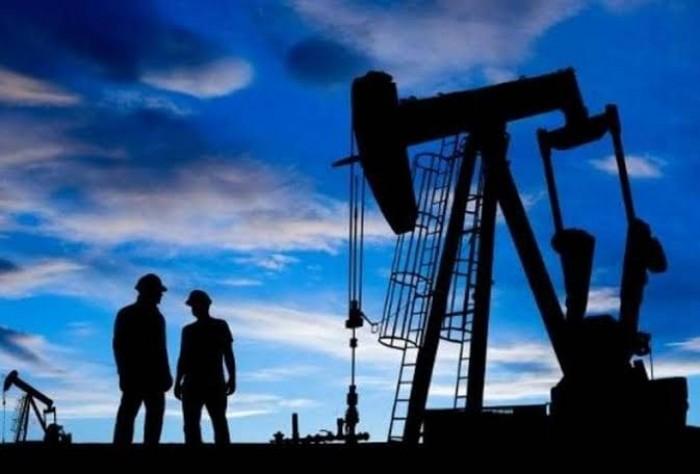 """بعد ارتفاع على مدار أسبوعين.. """"النفط"""" يهبط بنحو 2.9 %"""