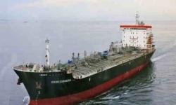 في تحدٍ للعقوبات.. إيران تُرسل شحنة وقود إلى فنزويلا