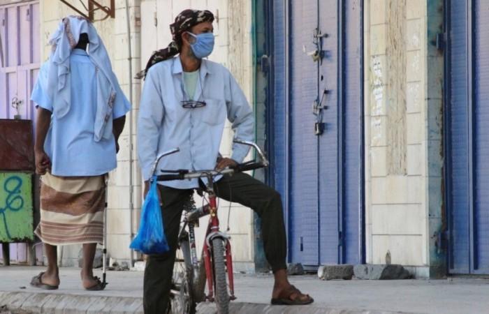 """""""وباء الحوثي"""".. تكتمٌ يمنح كورونا رخصة الانتشار القاتل"""