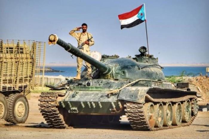 تراشق مدفعي بين القوات الجنوبية والإخوان بشقرة