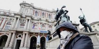 إيطاليا تتحدى كورونا بمخاطر محسوبة