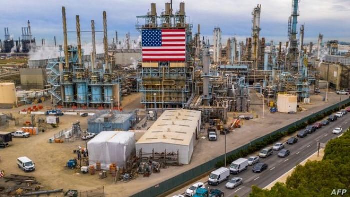 بنحو 4.8 مليون برميل.. تراجع مخزونات النفط في أمريكا