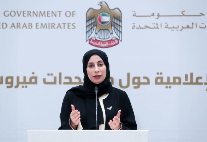 الإمارات تُسجل 6 وفيات و941 إصابة جديدة بفيروس كورونا