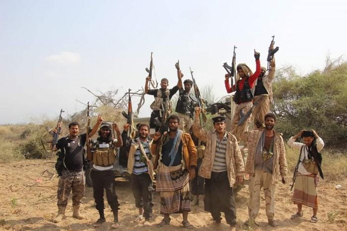 """""""المشتركة"""" تشتبك مع حوثيين بالكيلو ١٦ في الحديدة"""
