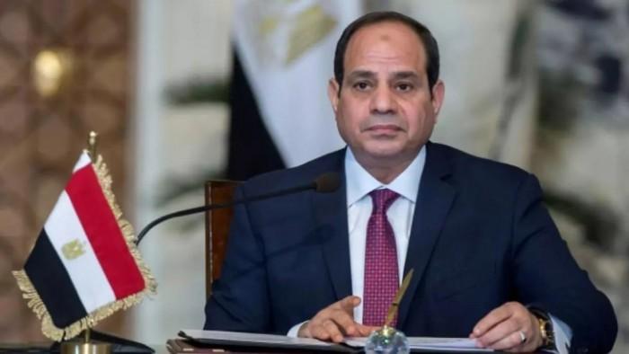 السيسي يبحث عدد من القضايا الإقليمية مع رئيس المجلس العسكري السوداني