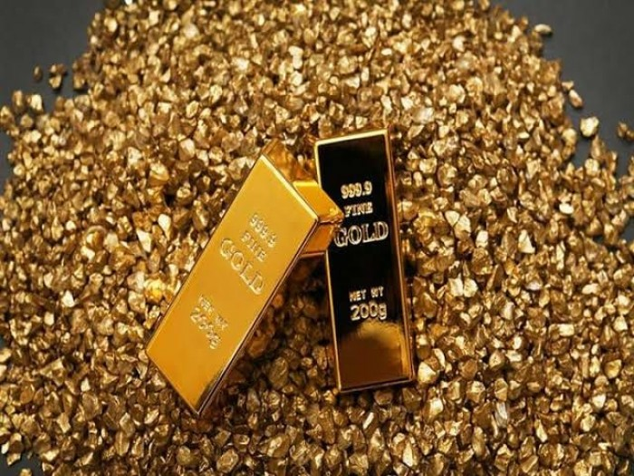الذهب يعاود الصعود والأوقية تسجل 1727.75 دولار