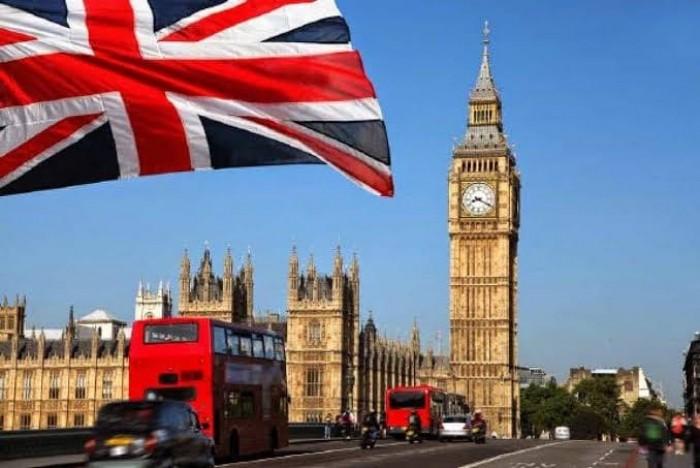 بريطانيا تفرض حجرا صحيا على كافة القادمين من الخارج