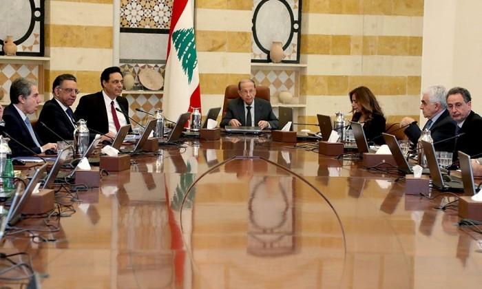 لبنان يشيد بتكاتف البنوك المحلية لإنقاذ الاقتصاد بالبلاد