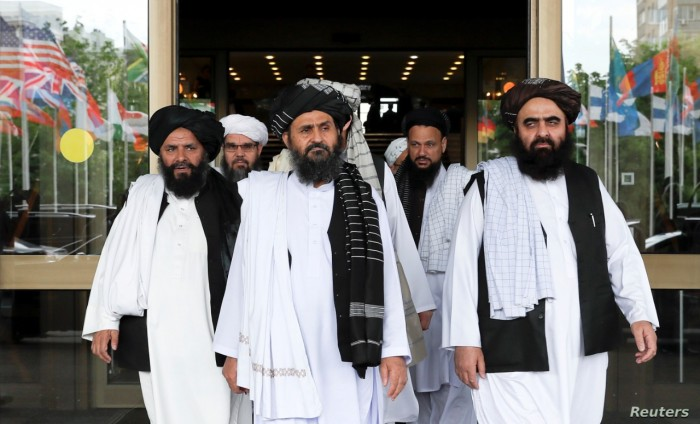 طالبان تحذر من التأخير في تطبيق اتفاق السلام