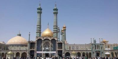 رغم تفشي كورونا.. إيران تعيد فتح المراقد والمزارات الشيعية