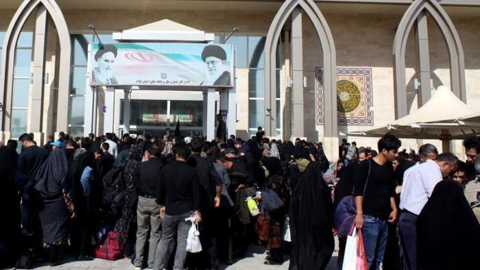 العراق يفتح منفذ مهران مع إيران لزيادة التجارة
