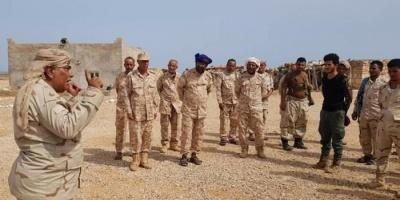 قيادة اللواء الأول تتفقد القوات الجنوبية بسقطرى (صور)