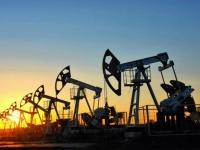 توقعات بتوازن سوق النفط العالمي خلال الشهرين المقبلين