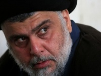 صحفي منتقدًا مقتدى الصدر: عاجز عن إصلاح أتباعه