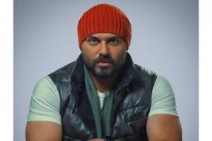 """أحمد صلاح حسني يتحدث عن كواليس عمله في مسلسل """"الفتوة"""" (فيديو)"""