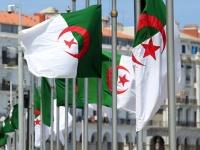 الجزائر تستدعي سفيرها لدى فرنسا