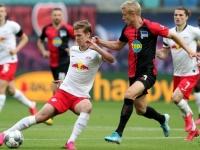 لايبزج يفرط في الوصافة ويتعادل مع هيرتا برلين بالدوري الألماني
