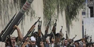"""النهب الحوثي تحت غطاء """"العملة الجديدة"""".. جرائم تصنع المأساة"""