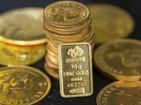 الذهب يتعافى بعد الدعم المالي المقدم من الدول لتخفيف التداعيات السلبية لجائحة كورونا