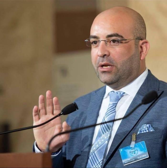 إعلامي عن عزمي بشارة: يدير التطبيع القطري مع إسرائيل