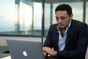 الكعبي تكشف سبب دعم قناة الجزيرة لمحمد علي