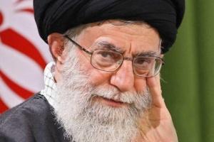 صحفي: السلطة في إيران مشهدية