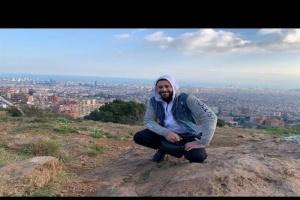 """أحمد السعدني يمازح جمهوره بصورة جديدة على """"انستجرام"""""""