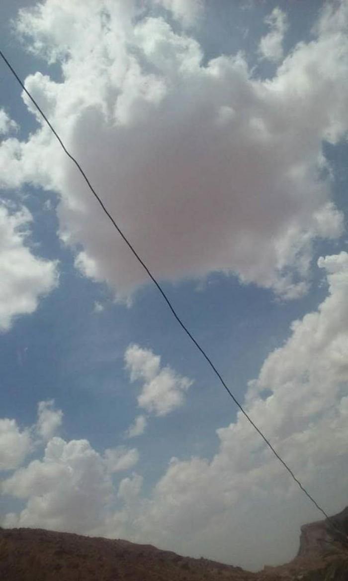 سحب متفرقة تؤثر على أجواء حضرموت (صور)
