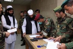 أفغانستان تُفرج عن نحو 700 سجين من طالبان