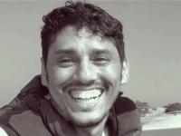 نبيل القعيطي | شهيدٌ اغتالته يد الشرعية.. سلاحه كاميرا وذخيرته قلم