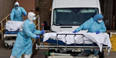 أمريكا تُسجل 743 وفاة جديدة بفيروس كورونا