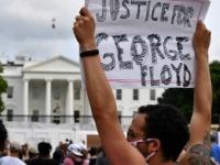 عاجل.. المتظاهرون يواصلون احتجاجاتهم أمام البيت الأبيض