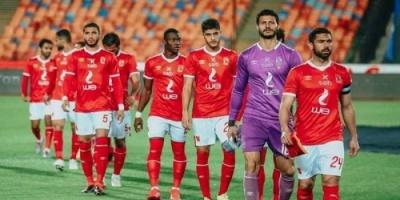 فيروس كورونا يطال لاعب الأهلي المصري وأسرته