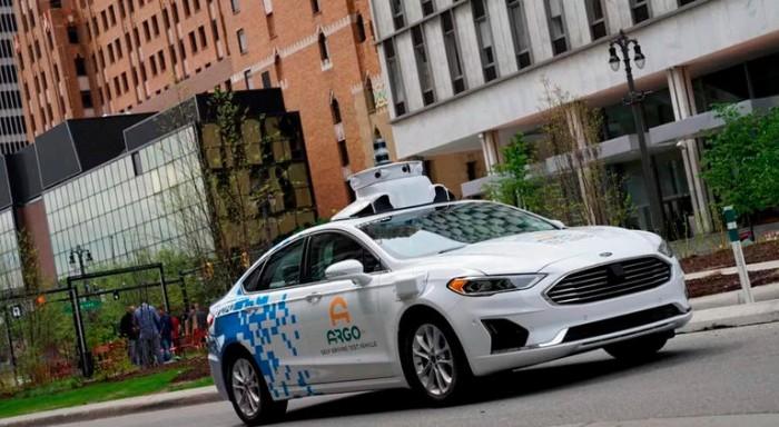 """فولكسفاجن تستثمر في """"Argo AI"""" لأنظمة السيارات الكهربائية وذاتية القيادة"""