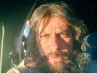 """الصور الأولى لنيكولا معوض من فيلمه الأمريكي """"His Only Son"""""""