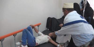 مليشيا الحوثي تقصف حافلة ركاب بتعز (صور)