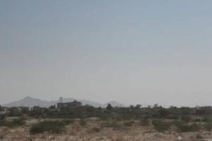 """المليشيا ردت بقصف.. """"المشتركة"""" تطرد حوثيين هاجموا حيس"""