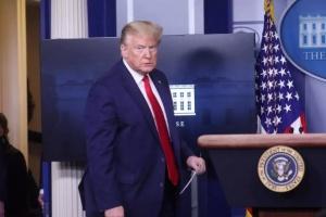 """البيت الأبيض: ترامب لا يعاني من مضاعفات لعقار """"هيدروكسي كلوروكين"""""""