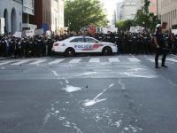 واشنطن تمدد حظر التجول ليومًا إضافيًا