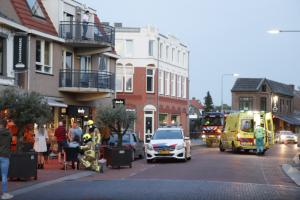 إصابة 6 أشخاص في اصطدام سيارة بمقهى بهولندا