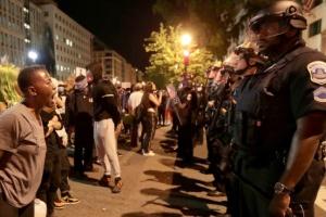 عاجل.. استمرار تظاهرات المحتجين على مقتل فلويد