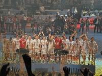 كيل يتسلم كأس الدوري الألماني لكرة اليد