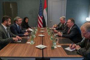 بشأن ليبيا.. مباحثات هاتفية بين بومبيو ومحمد بن زايد