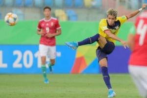 فيردر بريمن يضم اللاعب الإكوادوري الناشئ يوهان مينا